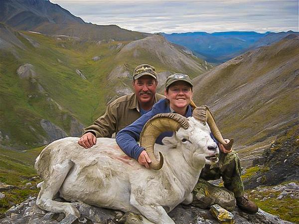 Atcheson Couple Alaskan Dall Sheep Hunt